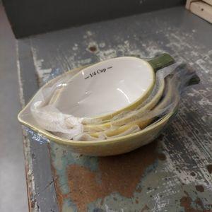 Nesting Lemon Measuring Cups